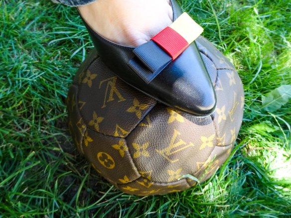 Louis Vuitton football essence schleifen clips sommermärchen HappyFace313