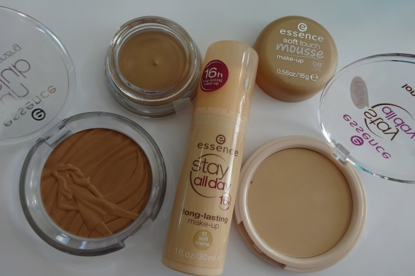 essence foundation 6 HappyFace313