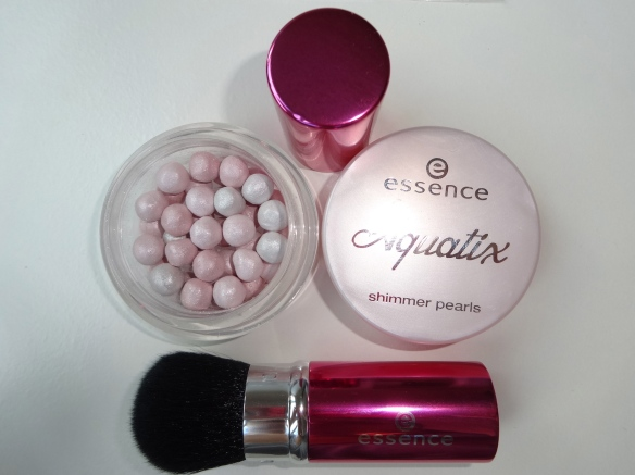 aquatix shimmer pearls  und mini powder brush