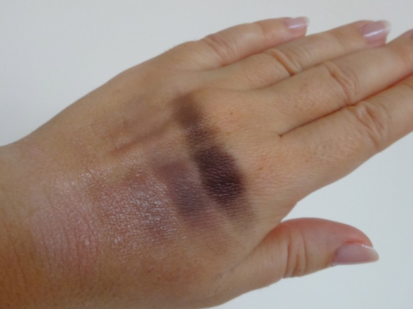 Swatch: Absolute Rose Eyeshadow Palette